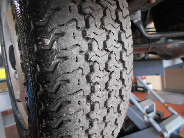 タイヤ残溝問題なし!