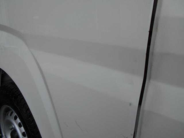 運転席ドア若干凹み有り