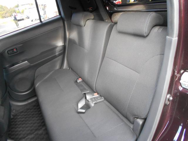 フロントシート、リアシート綺麗です。