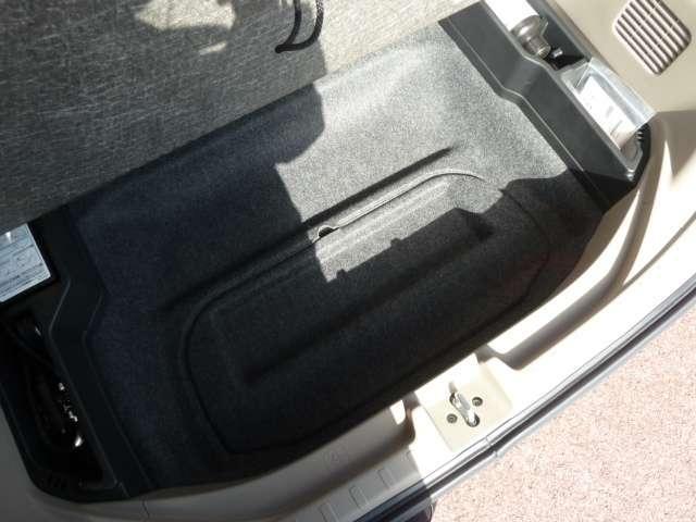 【床下収納】トランクの下には床下収納があります♪