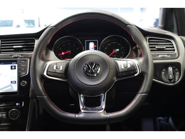 フォルクスワーゲン VW ゴルフGTI ナビ CD DVD フルセグ対応 DCC(可変ダンパー)付き