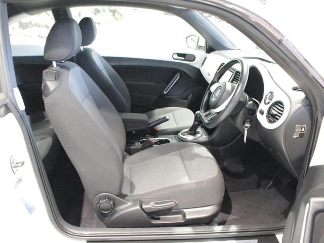 シートリフターを装備していますので、お好きなドライビングポジションをお選びいただけます。