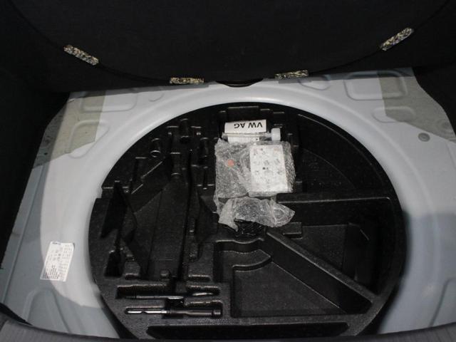 デザイン ベージュ内装 社外ドラレコ バックカメラ HID オートライト レインセンサー ブラインドスポットディテクション クルーズコントロール CD DVD USB ミューキャッチャー ブルートゥースオーディオ 地デジ キーフリー プッシュスタート(30枚目)