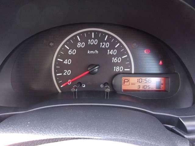 X Vセレクション 走行距離わずか3,000キロ CDデッキ ETC ワンオーナーカー(8枚目)