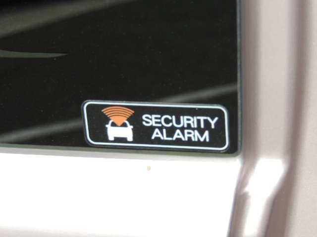 ☆盗難警報装置が標準装備です。