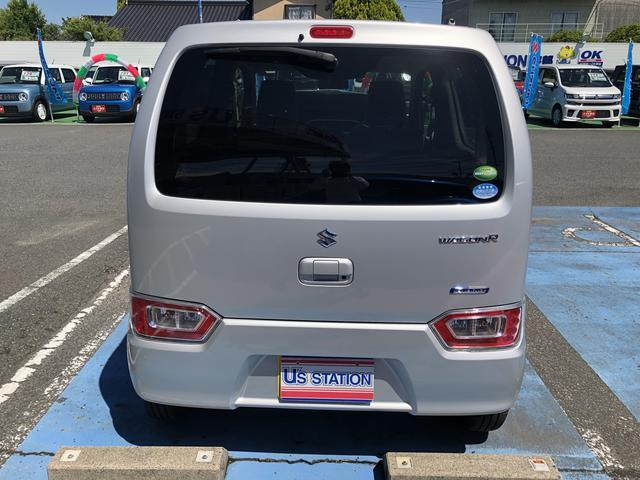 後ろからの写真です。保証は新車保証継承となります。