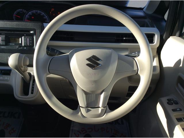 最近多いご依頼で、「ドライブレコーダー」の取付があります。もしもの時の備えに強力なアイテムとなります。車両購入時に是非ご検討ください。