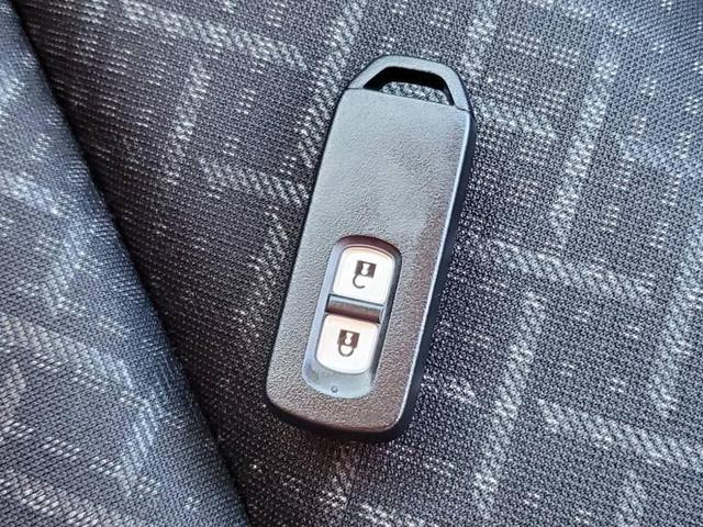 G・ターボパッケージ 8インチナビ・フルセグTV/安心パッケージ 衝突被害軽減システム メモリーナビ DVD再生 HIDヘッドライト ETC Bluetooth 盗難防止装置 アイドリングストップ オートライト(13枚目)