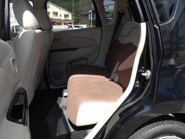 E EBD付ABS/エアバッグ 運転席/エアバッグ 助手席/パワーウインドウ/キーレスエントリー/パワーステアリング/FF/マニュアルエアコン 禁煙車 盗難防止装置(7枚目)