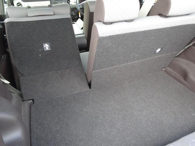 後席シートをアレンジすれば大きな荷物も積み込み可能!