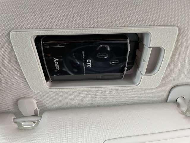 20S プロアクティブ 衝突被害軽減ブレーキ LEDヘッドランプ 純正ナビ CD/DVD フルセグTV バックカメラ ETC ドライブレコーダー(15枚目)