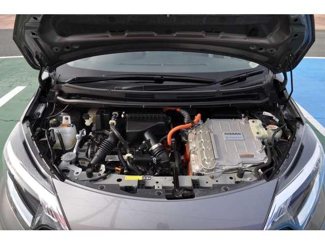 ☆e-POWERはエンジンを発電専用にしてエンジンの作動時間を短縮。さらに、ごくわずかな減速でも回生エネルギーがとれるよう設定して、あらゆる走りのシーンで優れた燃費性能を発揮します。