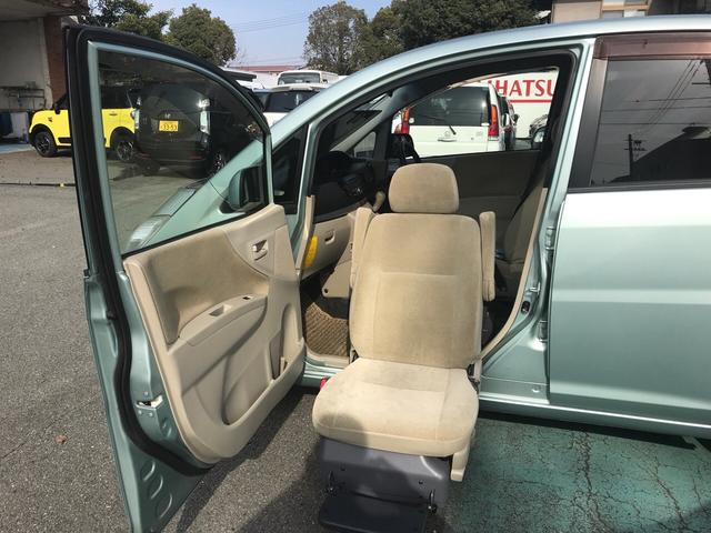 フロントシートリフト 福祉車両 軽自動車 キーレス CD(2枚目)