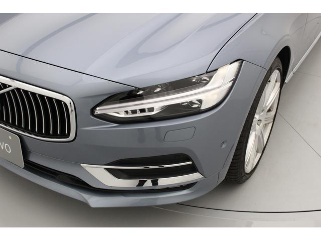 T6 AWD インスクリプション 電動ガラスサンルーフ B&Wプレミアム・サウンド マッサージ・ベンチレーション機能付きレザーシート ボルボ・センサス・ナビゲーションシステム(5枚目)