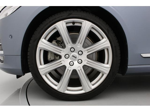T6 AWD インスクリプション 電動ガラスサンルーフ B&Wプレミアム・サウンド マッサージ・ベンチレーション機能付きレザーシート ボルボ・センサス・ナビゲーションシステム(25枚目)
