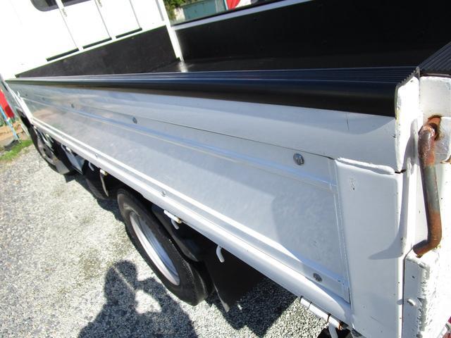 ベースグレード 標準キャブ アイドリングストップ 4ナンバー 新免許対応総重量5トン未満車 ディーゼルターボ キーレス リアWタイヤ 木製 上面鉄板張り 1.5t積(16枚目)