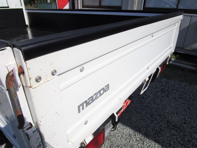 ベースグレード 標準キャブ アイドリングストップ 4ナンバー 新免許対応総重量5トン未満車 ディーゼルターボ キーレス リアWタイヤ 木製 上面鉄板張り 1.5t積(17枚目)