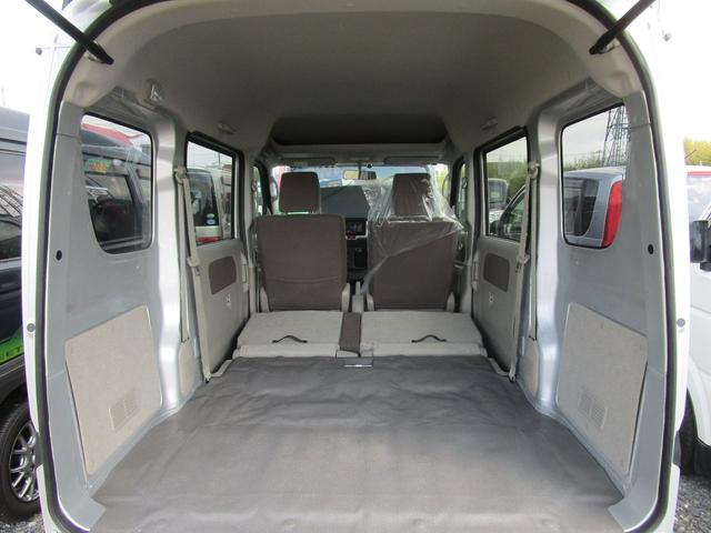 GX 4WD 4席パワーウインドウ 地デジメモリーナビ ETC プライバシーガラス 半年保証付き(12枚目)