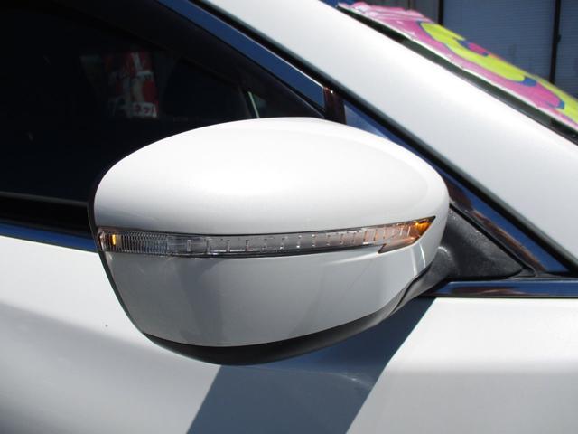 20X エマージェンシーブレーキパッケージ 4WD フルセグ8インチナビ ヒーター付防水シート Aストップ インテリキーバックカメラ LEDライト フリップダウンモニター 半年保証付き(4枚目)