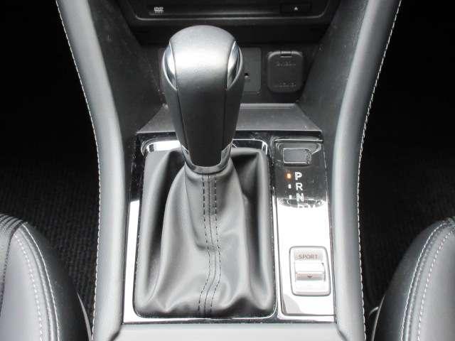 2.0 20S プロアクティブ 4WD 全周囲カメラ ETC フルセグTV 安全装備 オートライト オートワイパー ヘッドアップディスプレイ パドルシフト LEDヘッドランプ レーダークルーズ(11枚目)