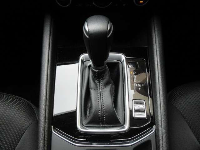 2.0 20S プロアクティブ バックカメラ ナビETC フルセグTV 安全装備 オートライト オートワイパー ヘッドアップディスプレイ LEDヘッドランプ フリップダウンモニター レーダークルーズ(11枚目)