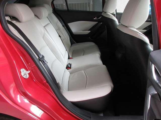 1.5 15S Lパッケージ バックカメラ ナビETC フルセグTV 安全装備 オートライト オートワイパー ヘッドアップディスプレイ パドルシフト LEDヘッドランプ ハンドルW 電動シート シートヒーター レーダークルーズ(14枚目)