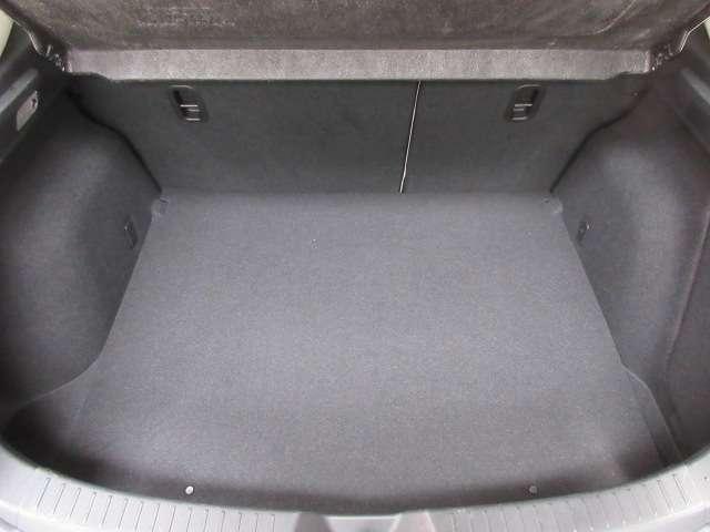 1.5 15S Lパッケージ バックカメラ ナビETC フルセグTV 安全装備 オートライト オートワイパー ヘッドアップディスプレイ パドルシフト LEDヘッドランプ ハンドルW 電動シート シートヒーター レーダークルーズ(18枚目)