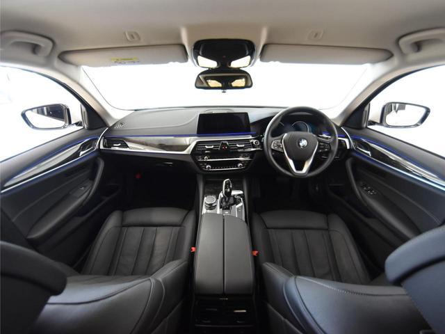 523d ラグジュアリー 黒レザーシート コンフォートパッケージ フロントコンフォートシート フロントクライメートシート FRシートヒーター アクティブクルーズコントロール ドライビングアシスト(6枚目)