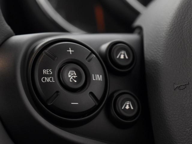 クーパーD クロスオーバー ペッパーパッケージ リヤビューカメラ オートトランク 純正OP18インチAW 純正HDDナビ コンフォートアクセス アクティブクルーズコントロール ドライビングアシスト(15枚目)