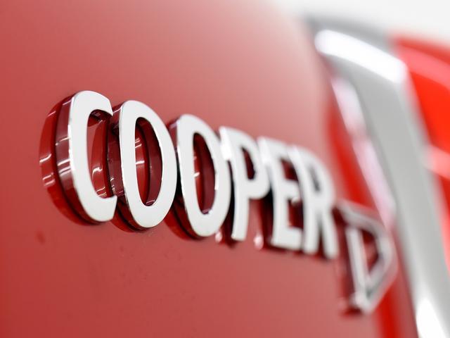 クーパーD クロスオーバー ペッパーパッケージ リヤビューカメラ オートトランク 純正OP18インチAW 純正HDDナビ コンフォートアクセス アクティブクルーズコントロール ドライビングアシスト(47枚目)