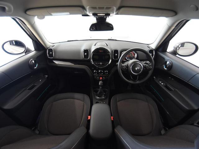 クーパーD クロスオーバー ペッパーパッケージ アクティブクルーズコントロール LEDヘッドライト オートトランク ドライビングアシスト 純正17アロイホイール(6枚目)