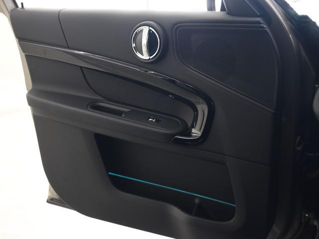 クーパーD クロスオーバー ペッパーパッケージ アクティブクルーズコントロール LEDヘッドライト オートトランク ドライビングアシスト 純正17アロイホイール(33枚目)