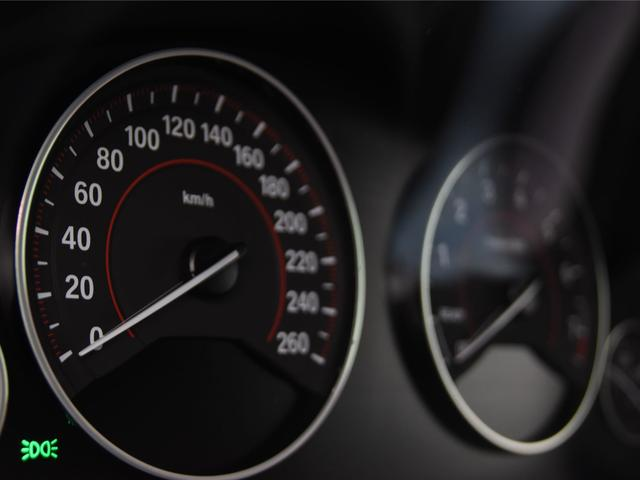 アクティブハイブリッド3 Mスポーツ 左ハンドル サンルーフ パーキングサポートパッケージ アダプティブMサスペンション レーンチェンジワーニング ヘッドアップディスプレイ トップビュー フルセグ(29枚目)