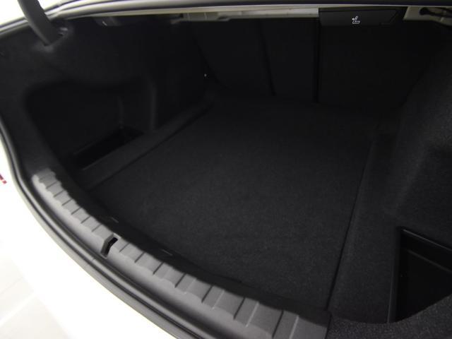 320d xDrive Mスポーツ BMWライブコックピット アクティブクルーズコントロール ドライビングアシスト ハイビームアシスタンス ワイヤレスチャージ フロントシートヒーター パーキングアシスト リバースアシスト 18AW(46枚目)