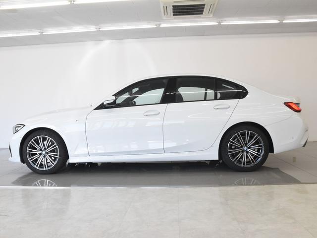320d xDrive Mスポーツ アクティブクルーズコントロール パーキングアシスト リバースアシスト ドライビングアシスト BMW Liveコックピット ハイビームアシスタント ワイヤレスチャージ ワンオーナー(19枚目)