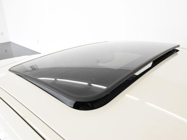 330i Mスポーツ サンルーフ 黒革 BMWレーザーライト オートトランク トップビュー リバーズアシスト シートヒーター ハイビームアシスタント 純正19インチアロイホイール(7枚目)