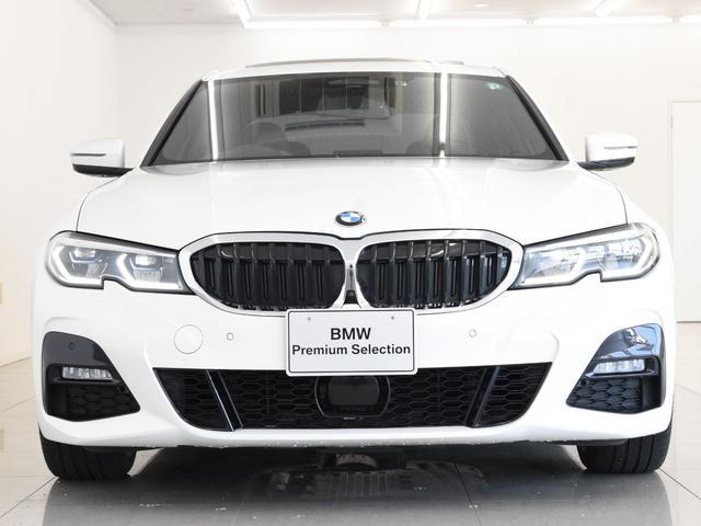 330i Mスポーツ サンルーフ 黒革 BMWレーザーライト オートトランク トップビュー リバーズアシスト シートヒーター ハイビームアシスタント 純正19インチアロイホイール(10枚目)