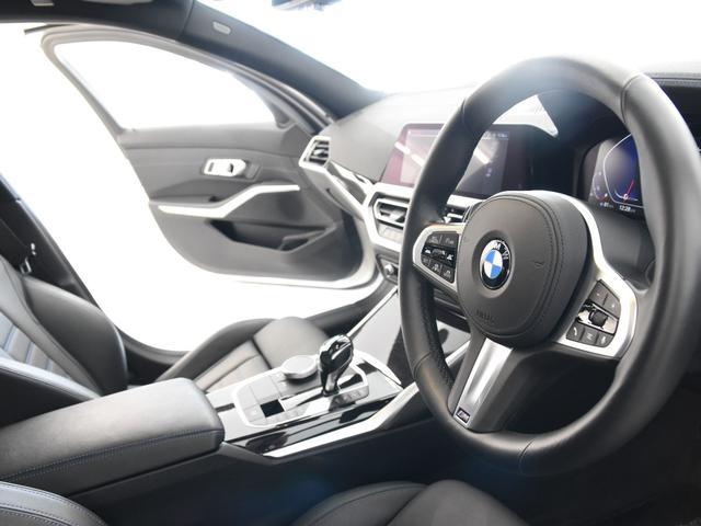 330i Mスポーツ サンルーフ 黒革 BMWレーザーライト オートトランク トップビュー リバーズアシスト シートヒーター ハイビームアシスタント 純正19インチアロイホイール(14枚目)