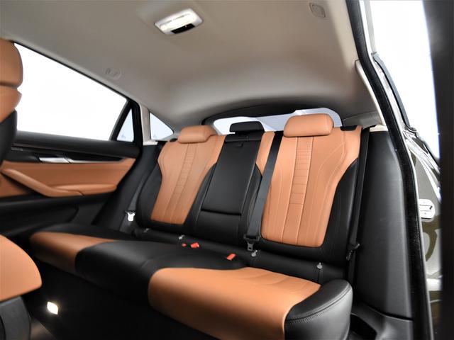 xDrive 35i デザインピュアエクストラヴァガンス 黒茶コンビ革 フロントコンフォートシート アクティブクルーズコントロール レザーフィニッシュダッシュボード 純正HDDナビ フルセグ LEDヘッドライト 20インチ(15枚目)