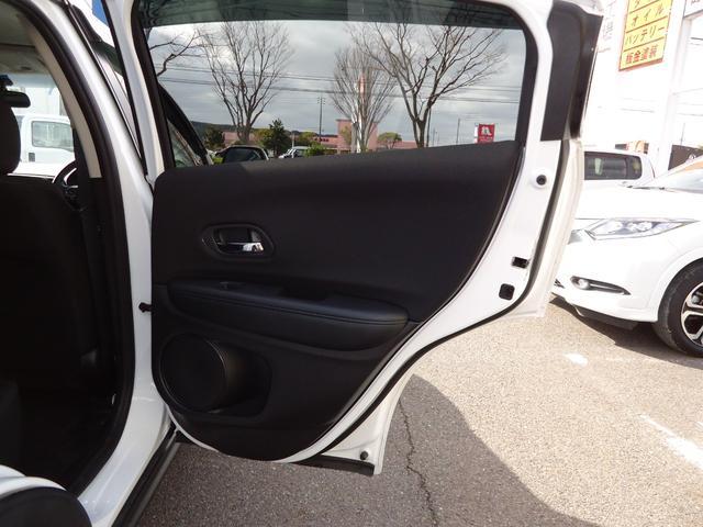 G G(5名)4WD バックカメラ 盗難防止システム 衝突安全ボディ キーレスエントリー アイドリングストップ ETC ABS 電動パーキング(11枚目)