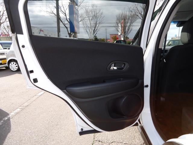 G G(5名)4WD バックカメラ 盗難防止システム 衝突安全ボディ キーレスエントリー アイドリングストップ ETC ABS 電動パーキング(13枚目)
