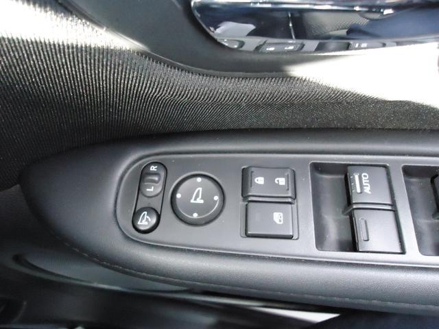 G G(5名)4WD バックカメラ 盗難防止システム 衝突安全ボディ キーレスエントリー アイドリングストップ ETC ABS 電動パーキング(28枚目)