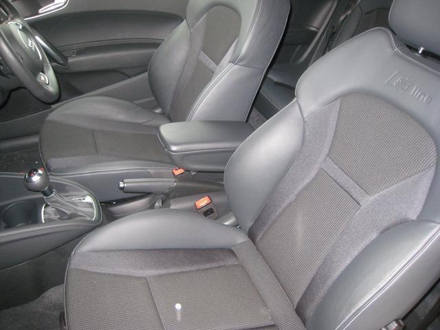 アウディ アウディ A1 ブラックスタイリング エディション