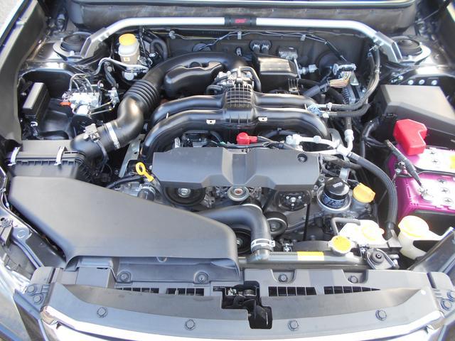 軽量・コンパクト・低重心な水平対向エンジン。他では得られない気持ちのいいドライビングを愉しめます!