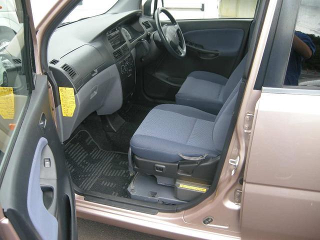 福祉車両 助手席リフトアップシート 禁煙車 4WD キーレス(5枚目)