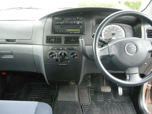 福祉車両 助手席リフトアップシート 禁煙車 4WD キーレス(15枚目)