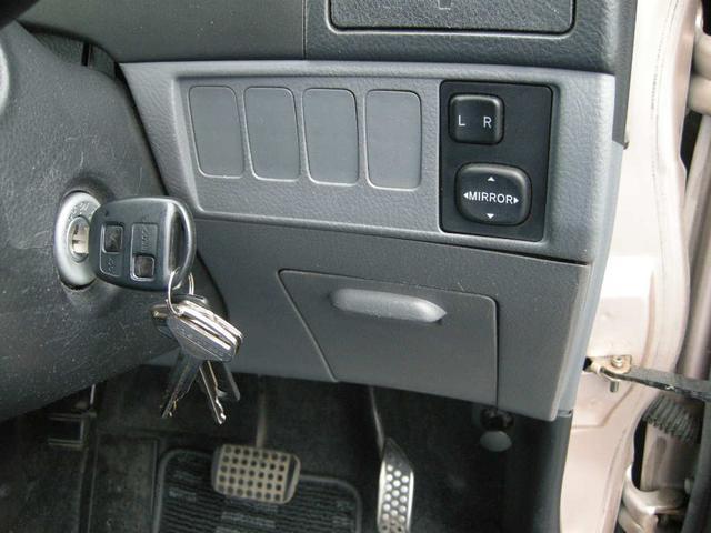 福祉車両 助手席リフトアップシート 禁煙車 4WD キーレス(18枚目)
