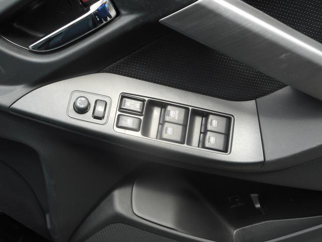 2.0XT EyeSight カロッツェリアフルセグナビ&ETC2.0&バックカメラ&ドライブレコーダー&パワーリヤゲート&サンルーフ付車両(12枚目)