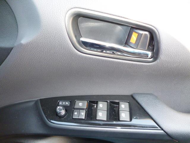トヨタ プリウスPHV クルコン スマートキー SDナビ フルセグTV LEDランプ