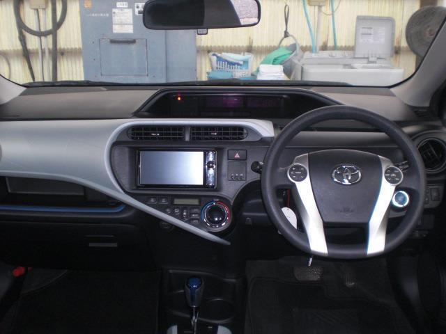 トヨタ アクア S スマートキー フルセグメモリーナビ ドライブレコーダー